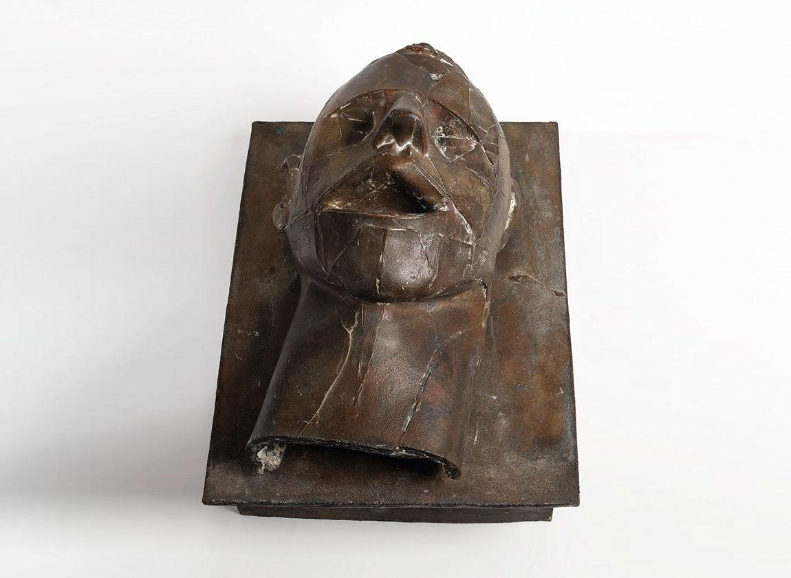 Reinhard Buch, Gestürzter Kopf. Beuys ist tot. 1986/87, Sammlung der Kunsthalle Rostock