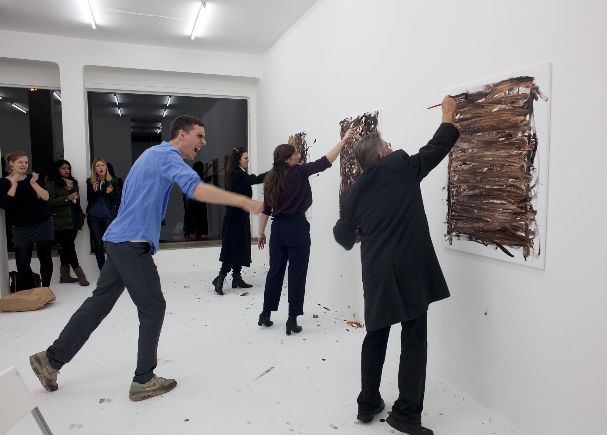 Christian Falsnaes One, 2013 Performance, Öl auf Leinwand Foto: Alwin Lay Courtesy der Künstler und PSM, Berlin